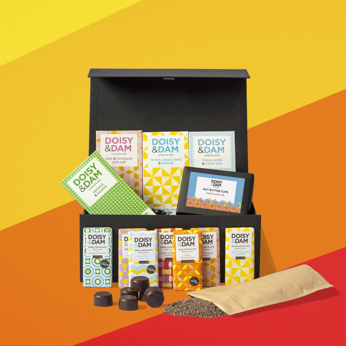 参考 Ultimate chocolate hamper gift box 30ポンド