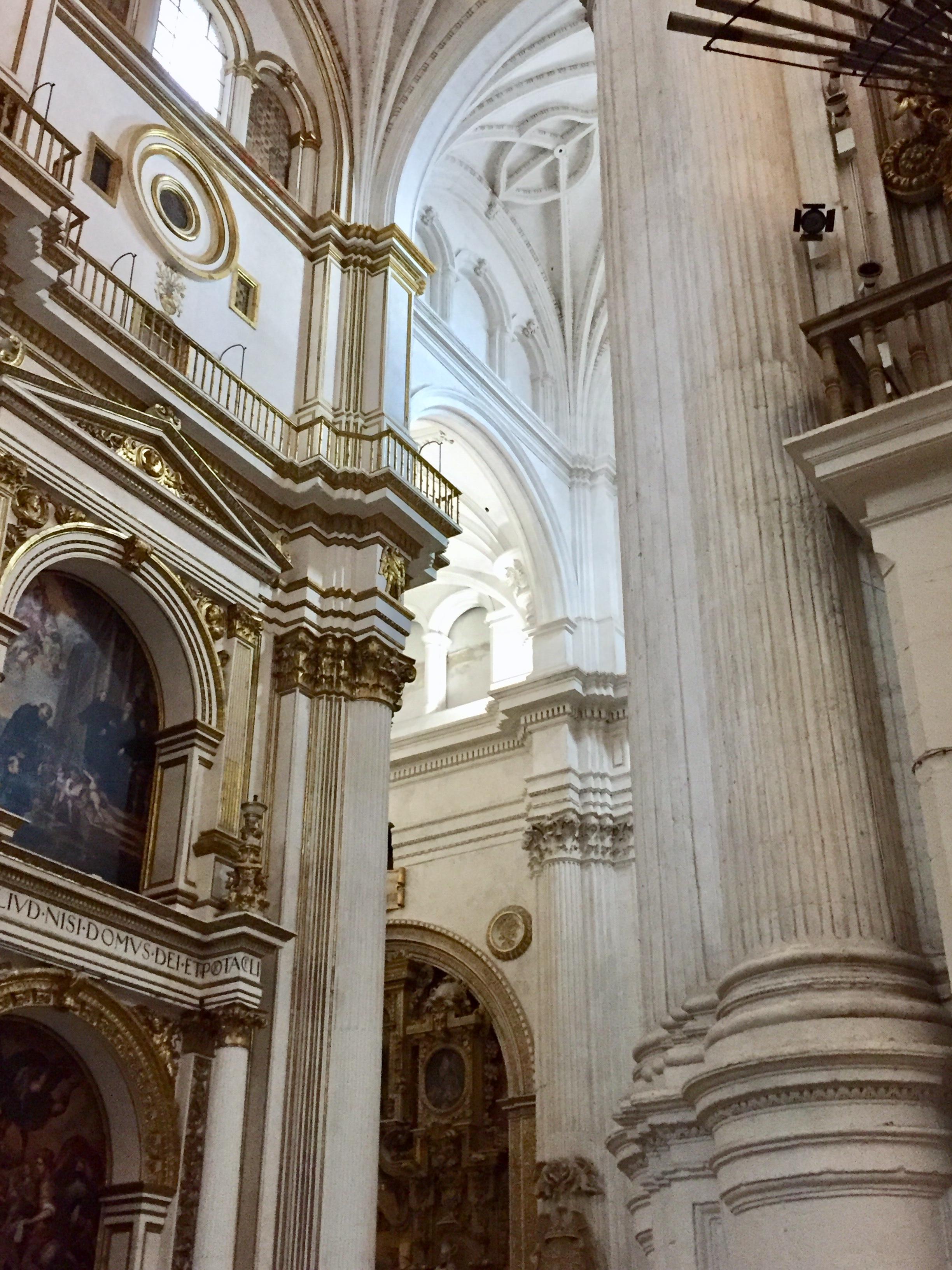 グラナダの大聖堂、イスラム教徒の追放、レコンキスタのあと15世紀に建てられた。