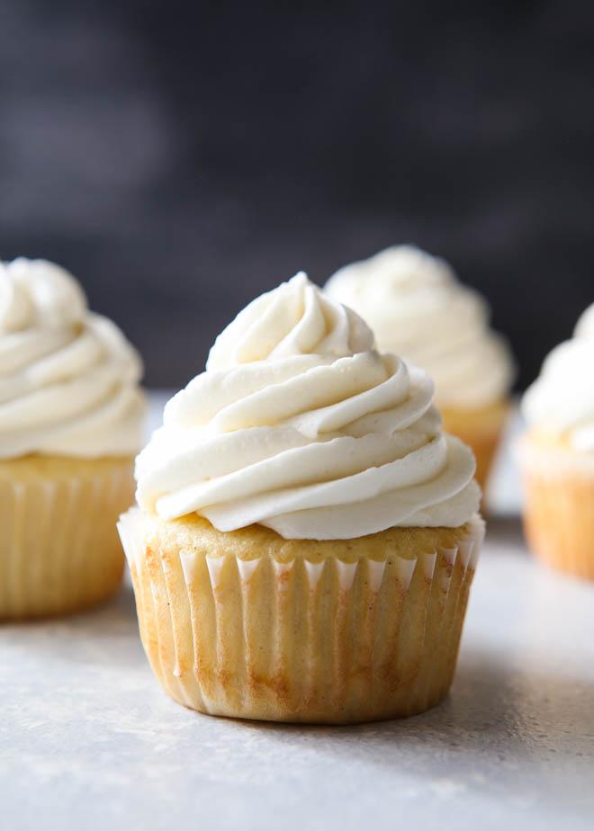 whipped-vanilla-buttercream-frosting-5.jpg