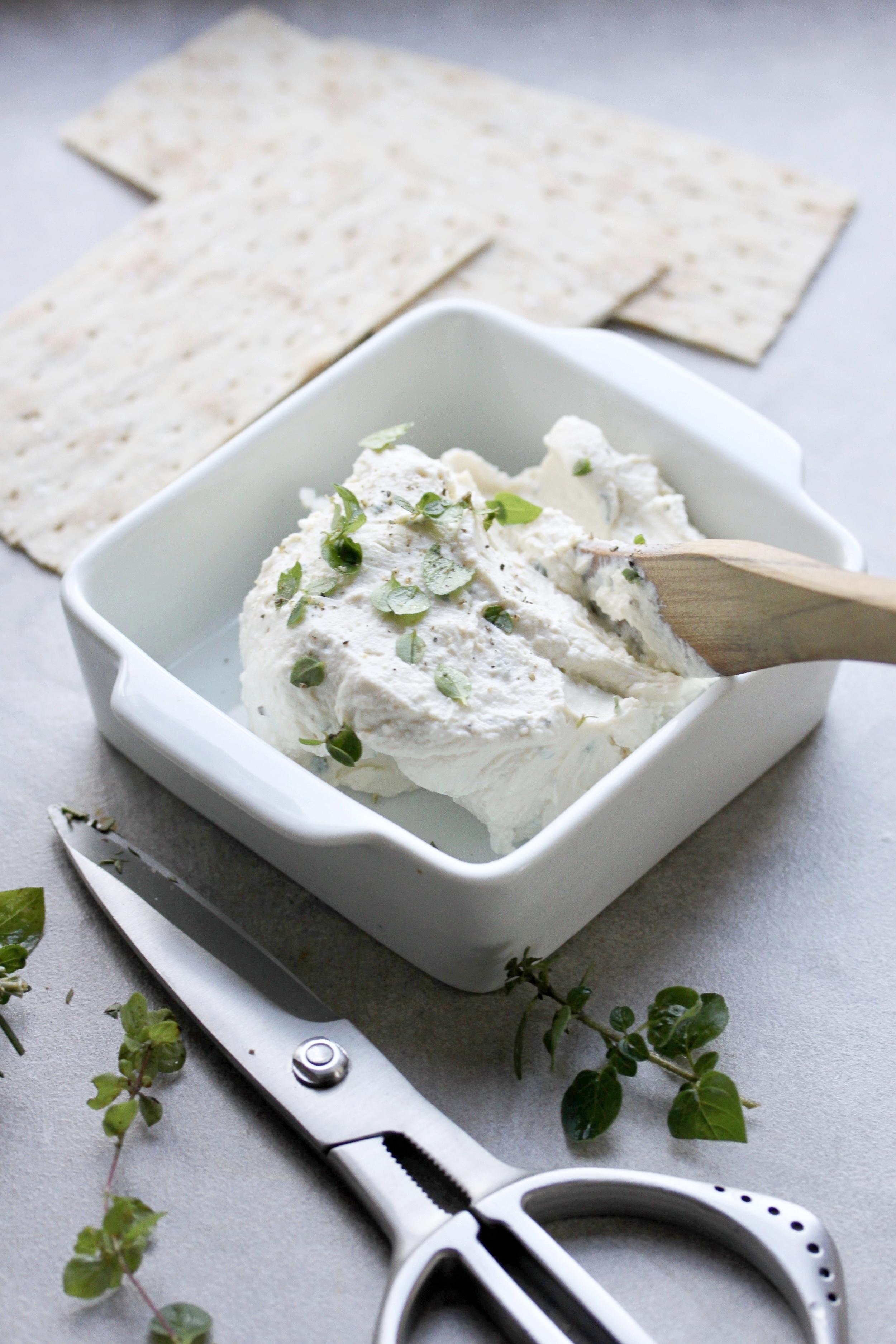 ヴィーガンクリームチーズ-MEG.jpg