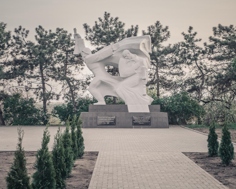 monument-4123.jpg