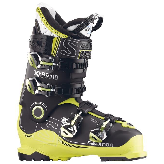 SkiShoes_L39152300.jpg