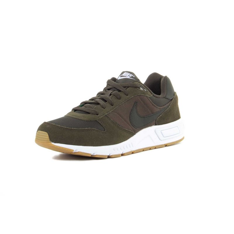 nike-nightgazer-shoe-light-brown-1-800x800.jpg