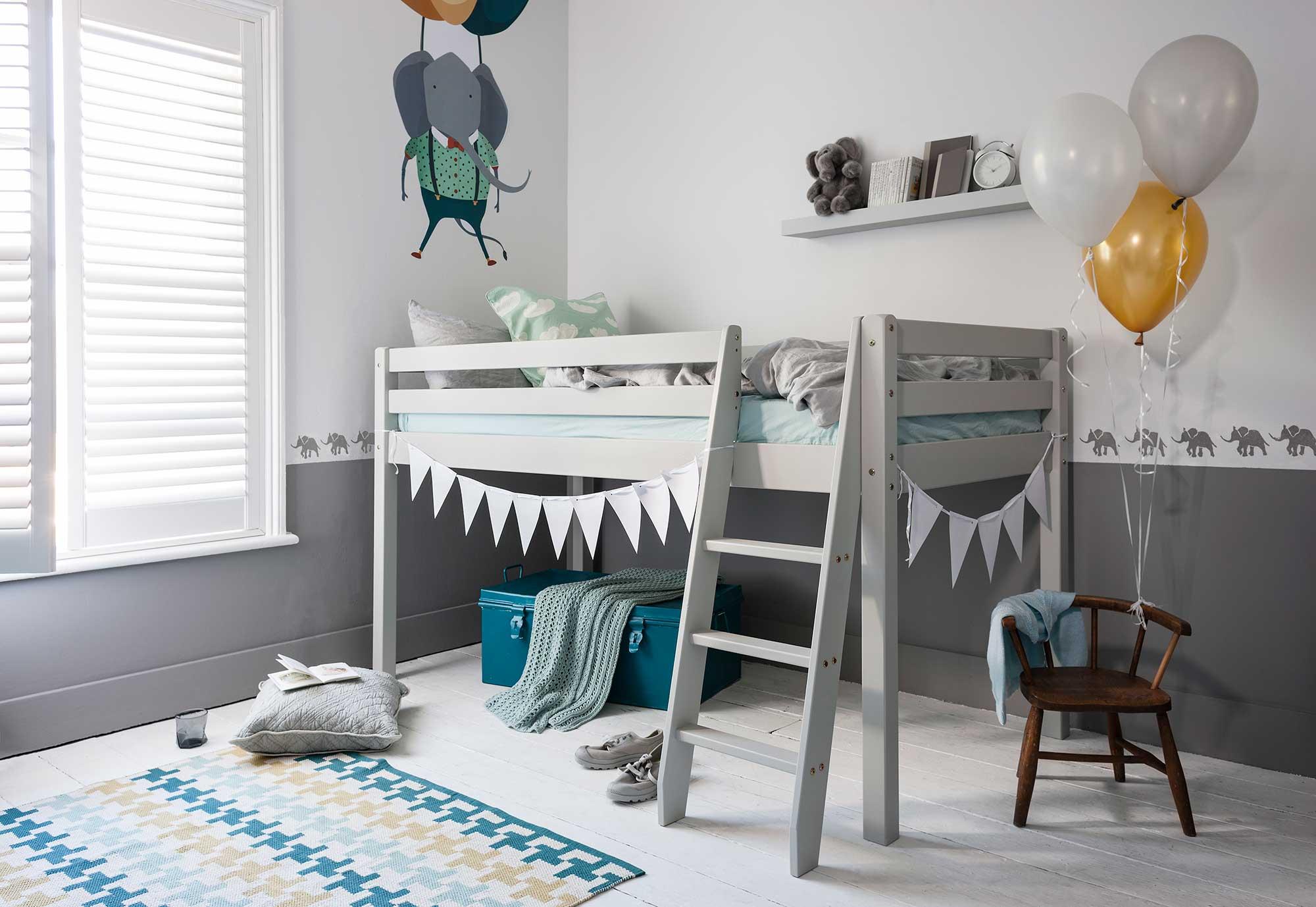 Silk-Grey-Bed-A---Credit-Lolly-Moris.jpg
