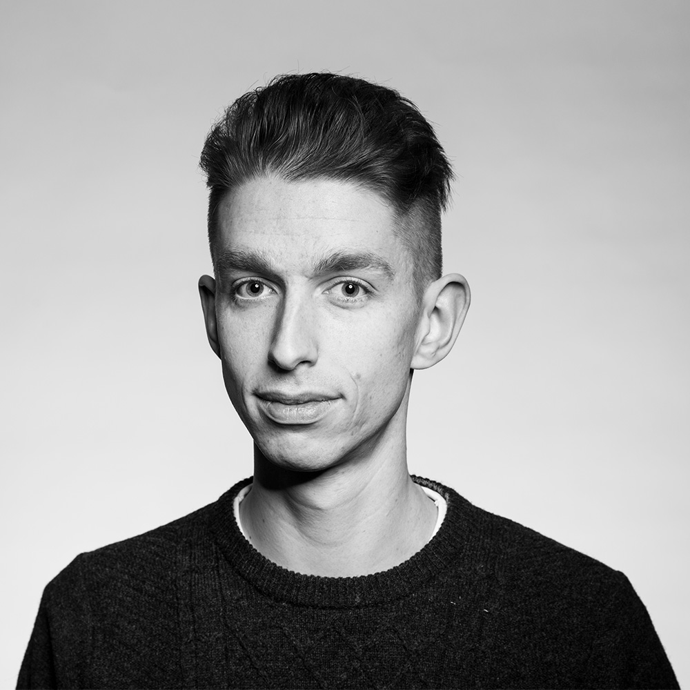 JASON WAIN / Photographer