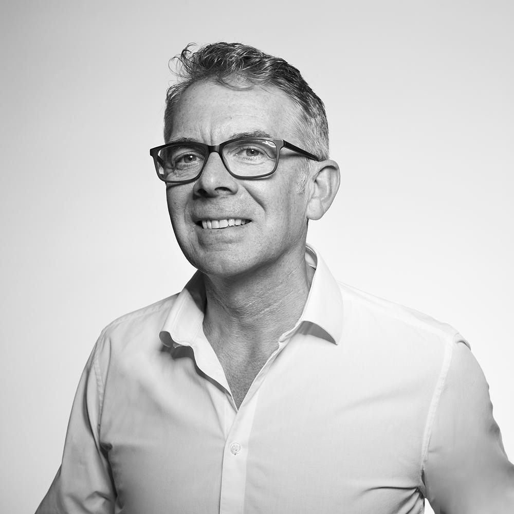 CHRIS BARCLAY / Creative Director