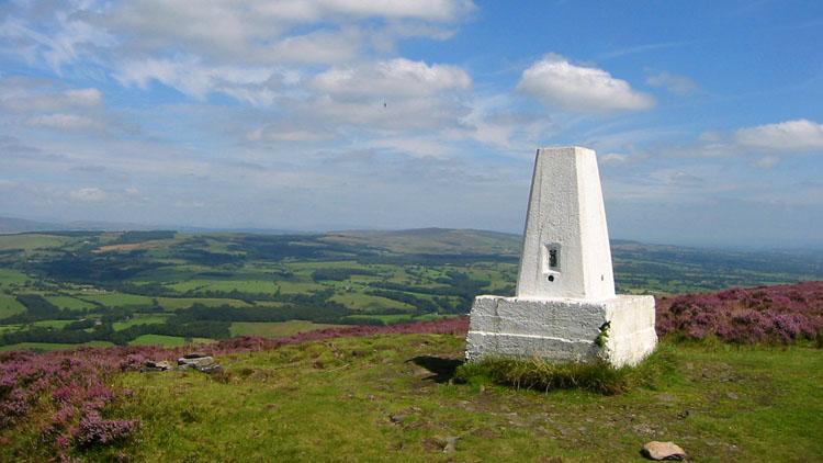 Summit of Spire Hill, 2003.jpg