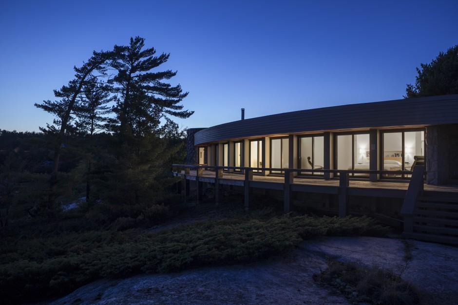 Ryder-house-Muskoka-by-Altius-Architects-24-940x626.jpg