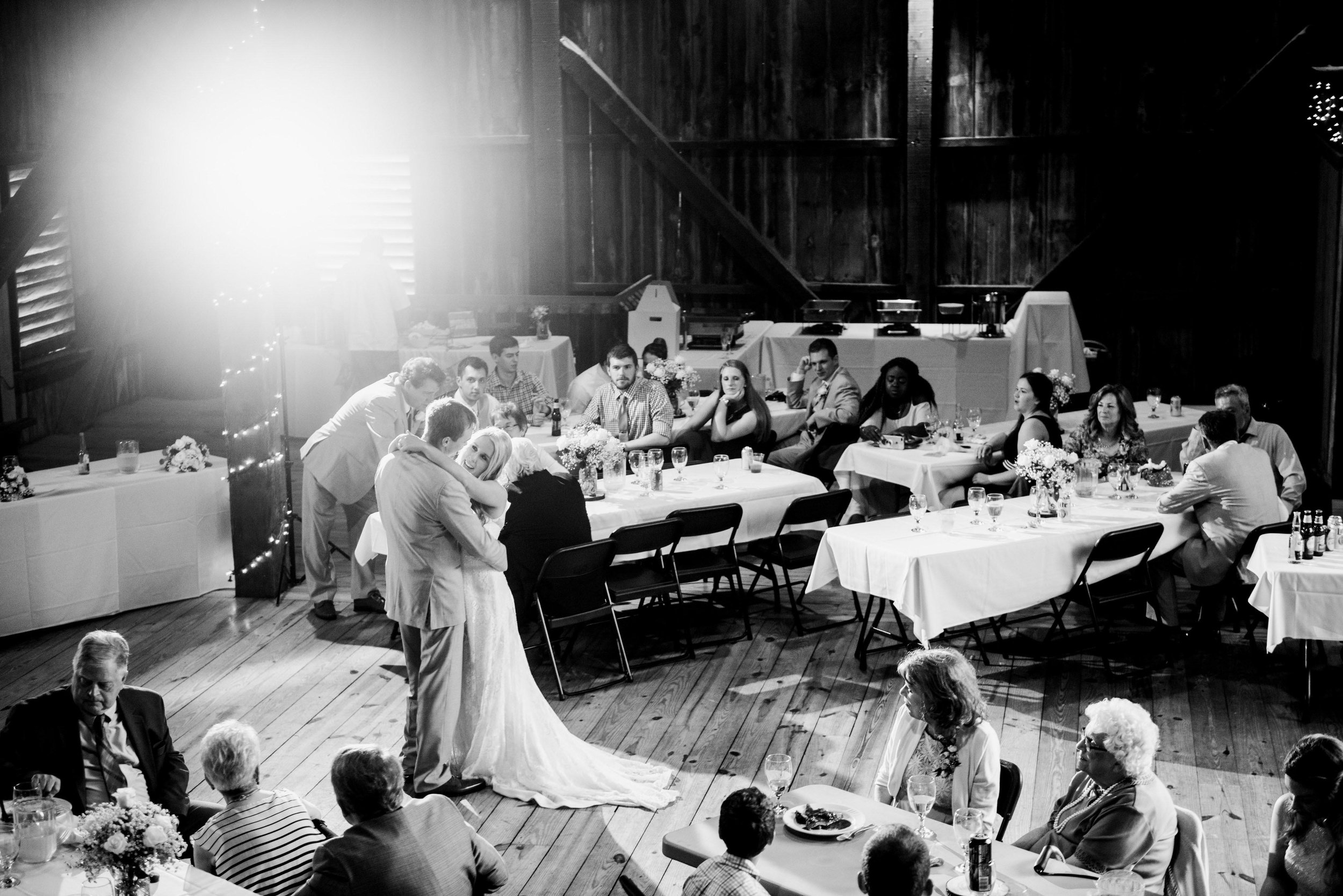 pittsburgh wedding photographers richland township barn