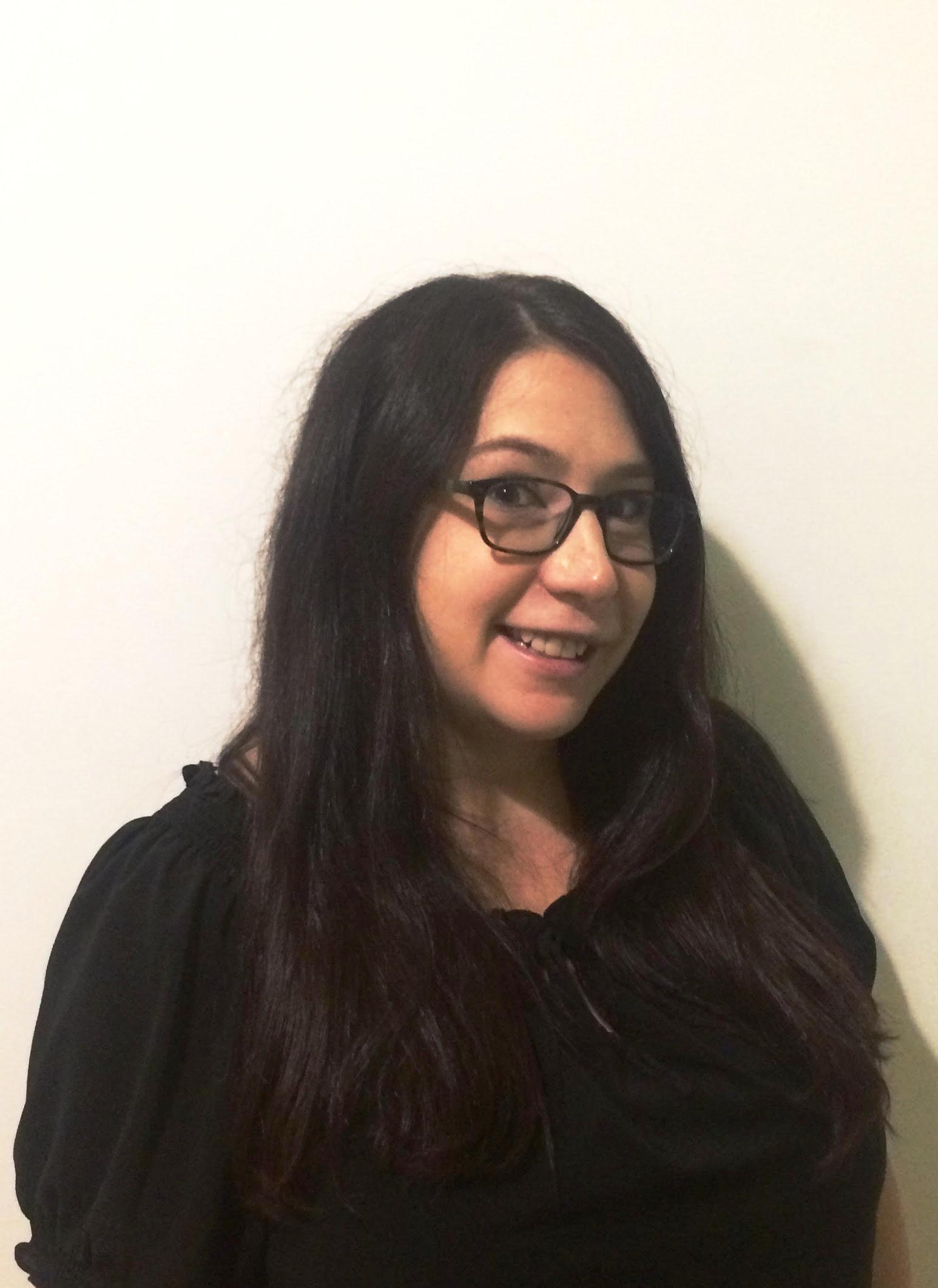 AIMEE VAN BRUNT   Assistant Merchandiser & Showroom Manager