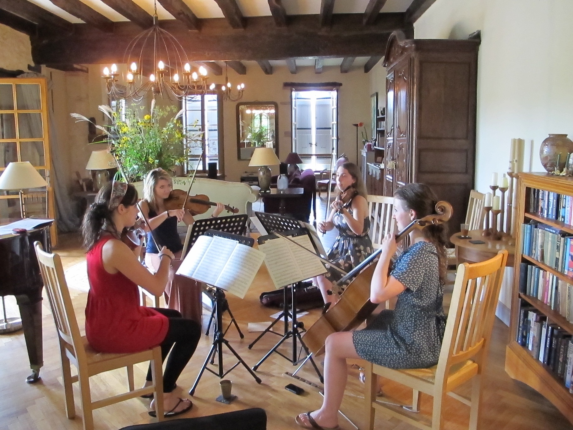 Zelkova Quartet rehearse in the salon.jpg