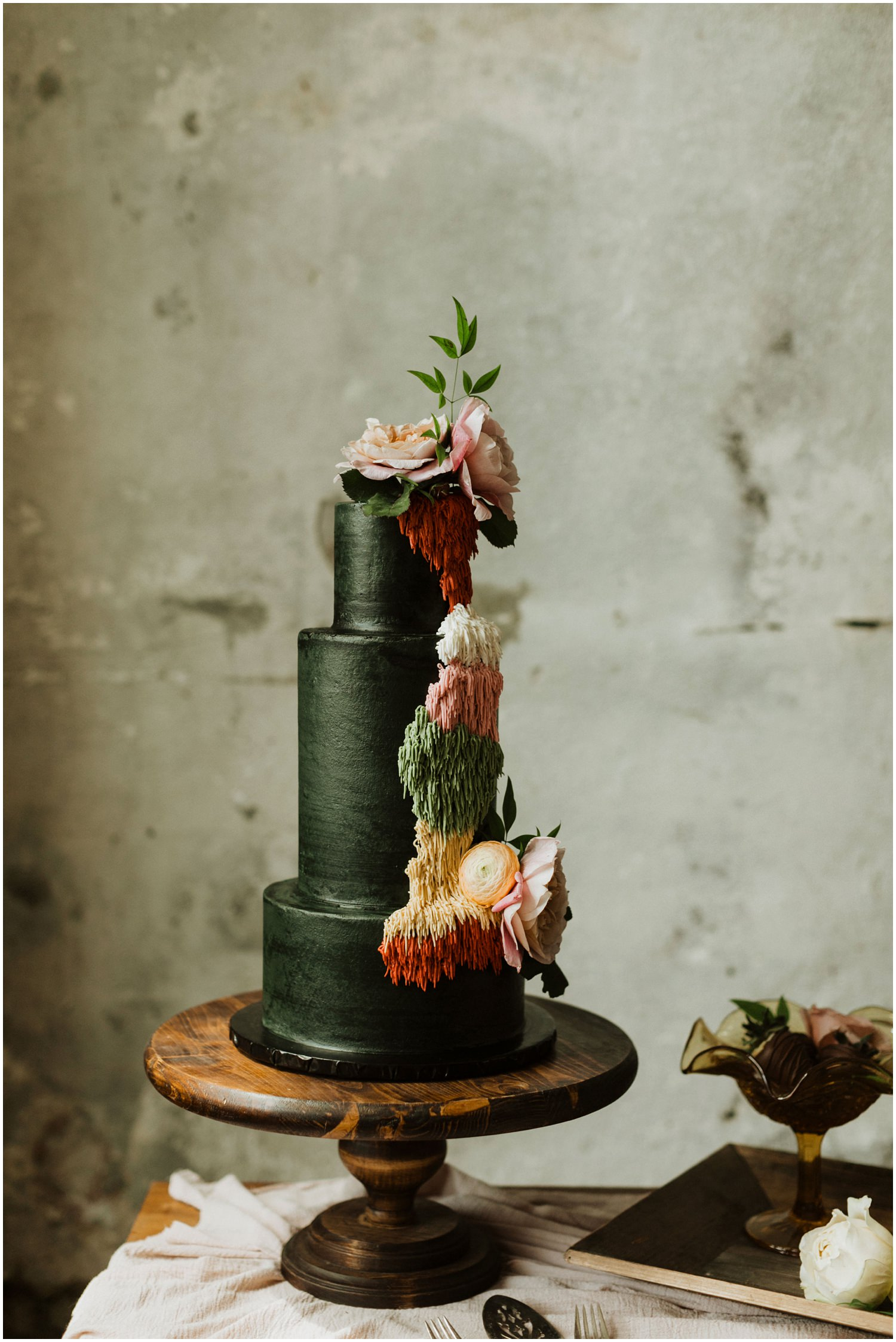 Wedding Cake 5eleven Palafox Wedding
