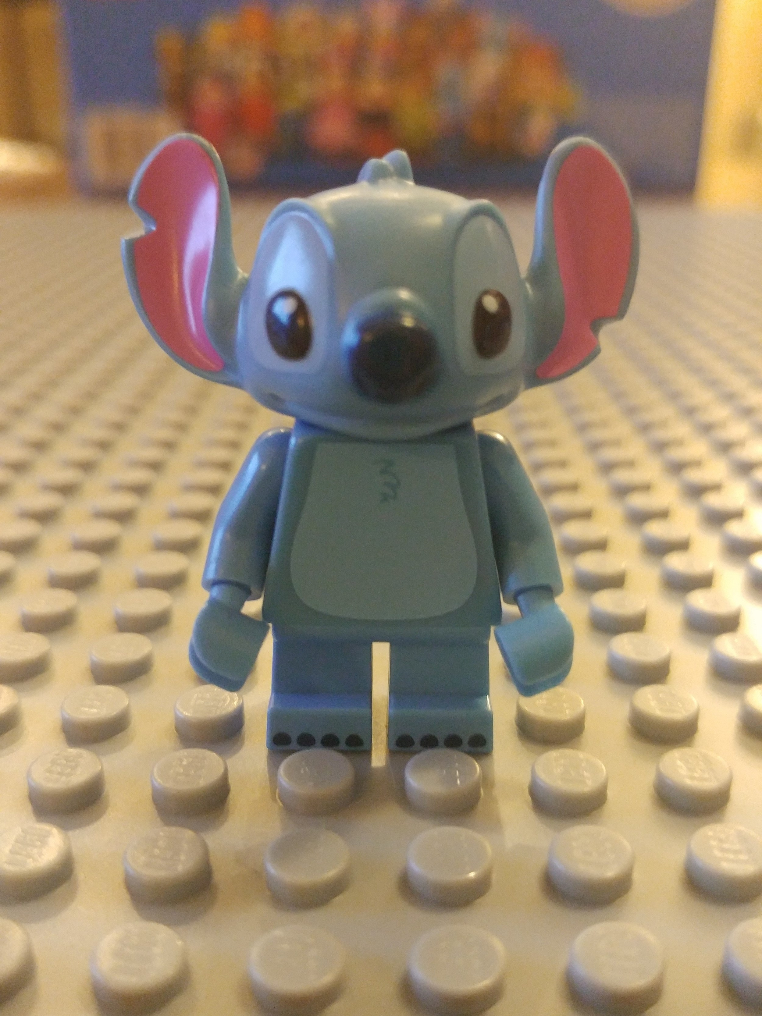 Stitch Minifig Close Up - Front