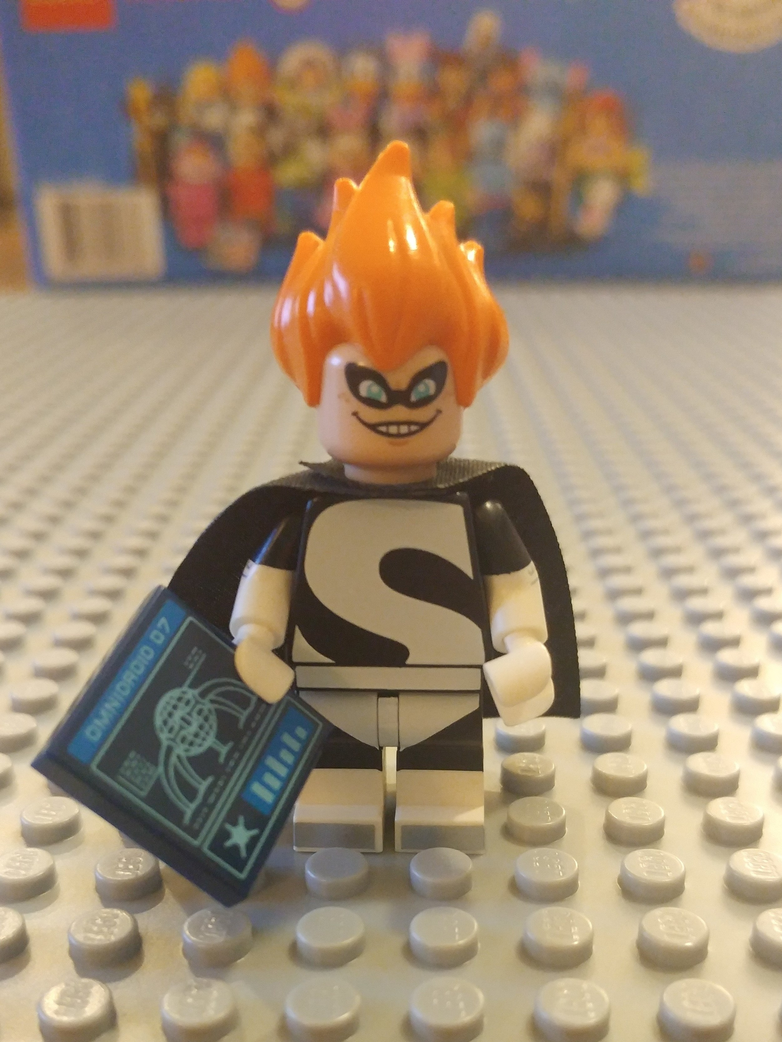Syndrome Minifig Close Up - Front