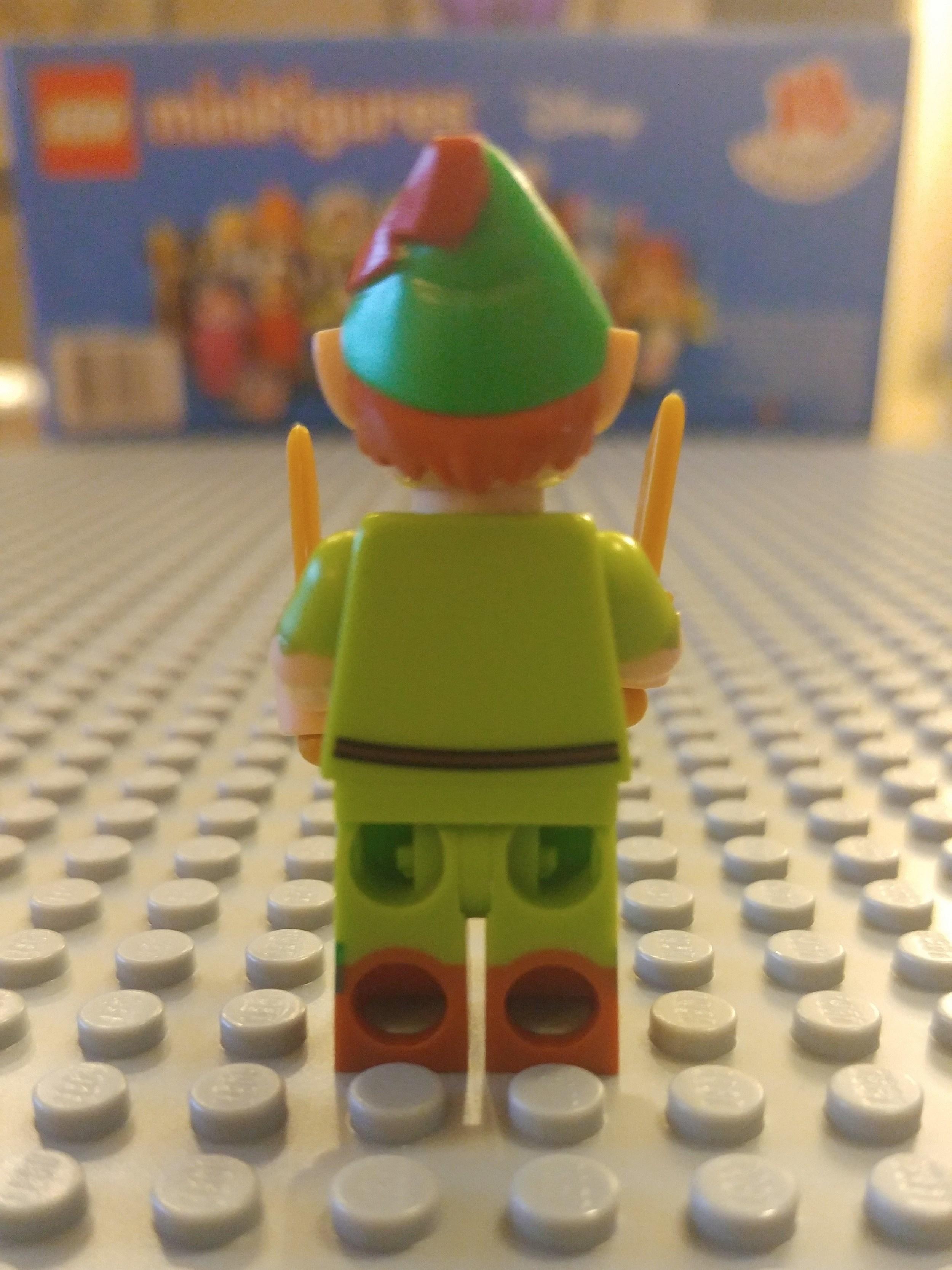 Peter Pan Minifig Close Up - Back