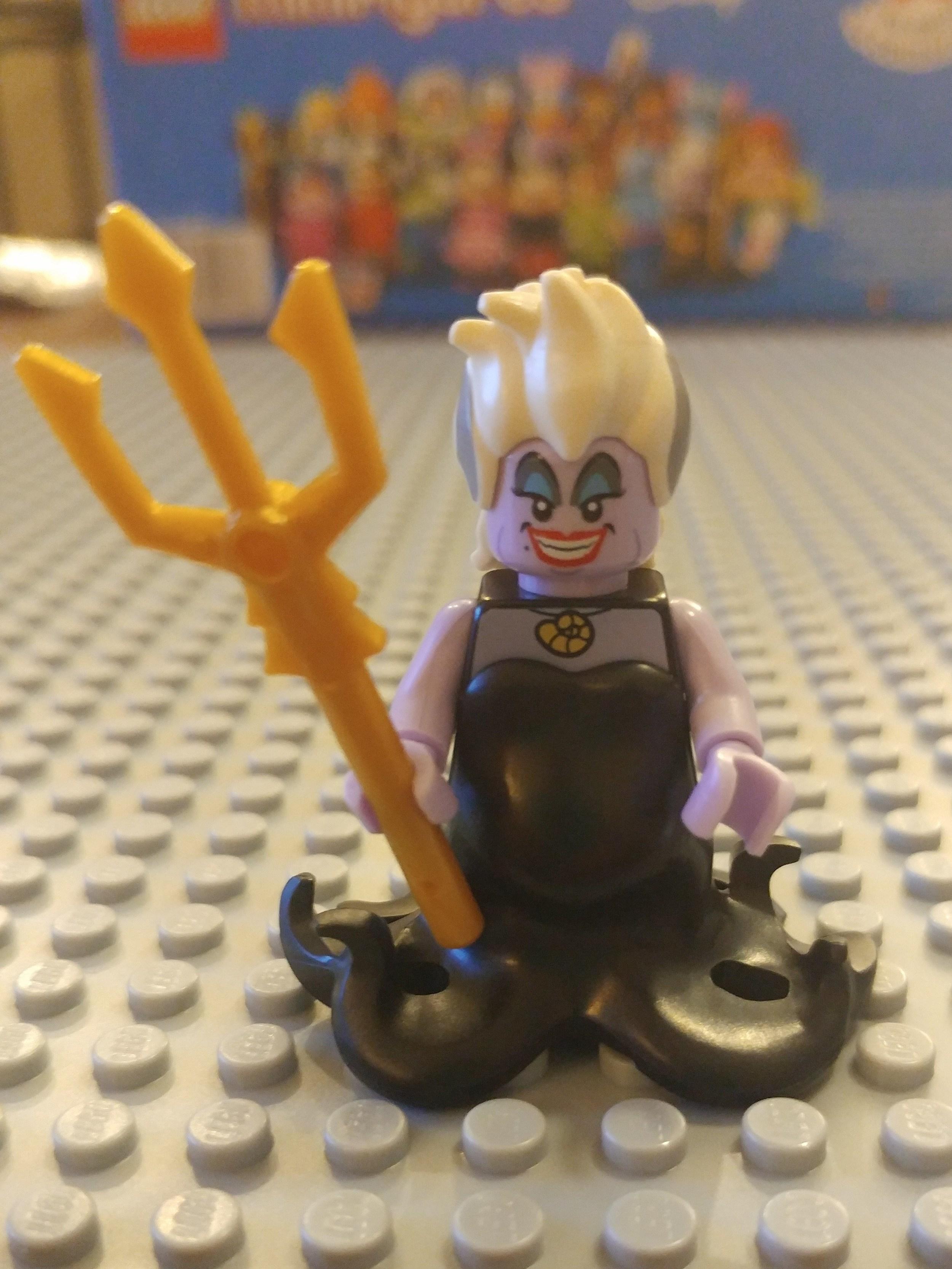 Ursula Minifig Close Up - Front
