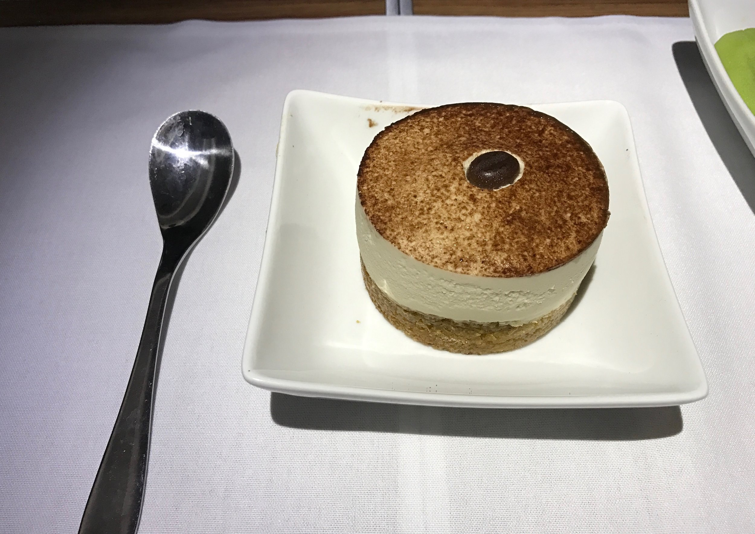 AA 787 Dreamliner Business Class cappuccino mousse cake