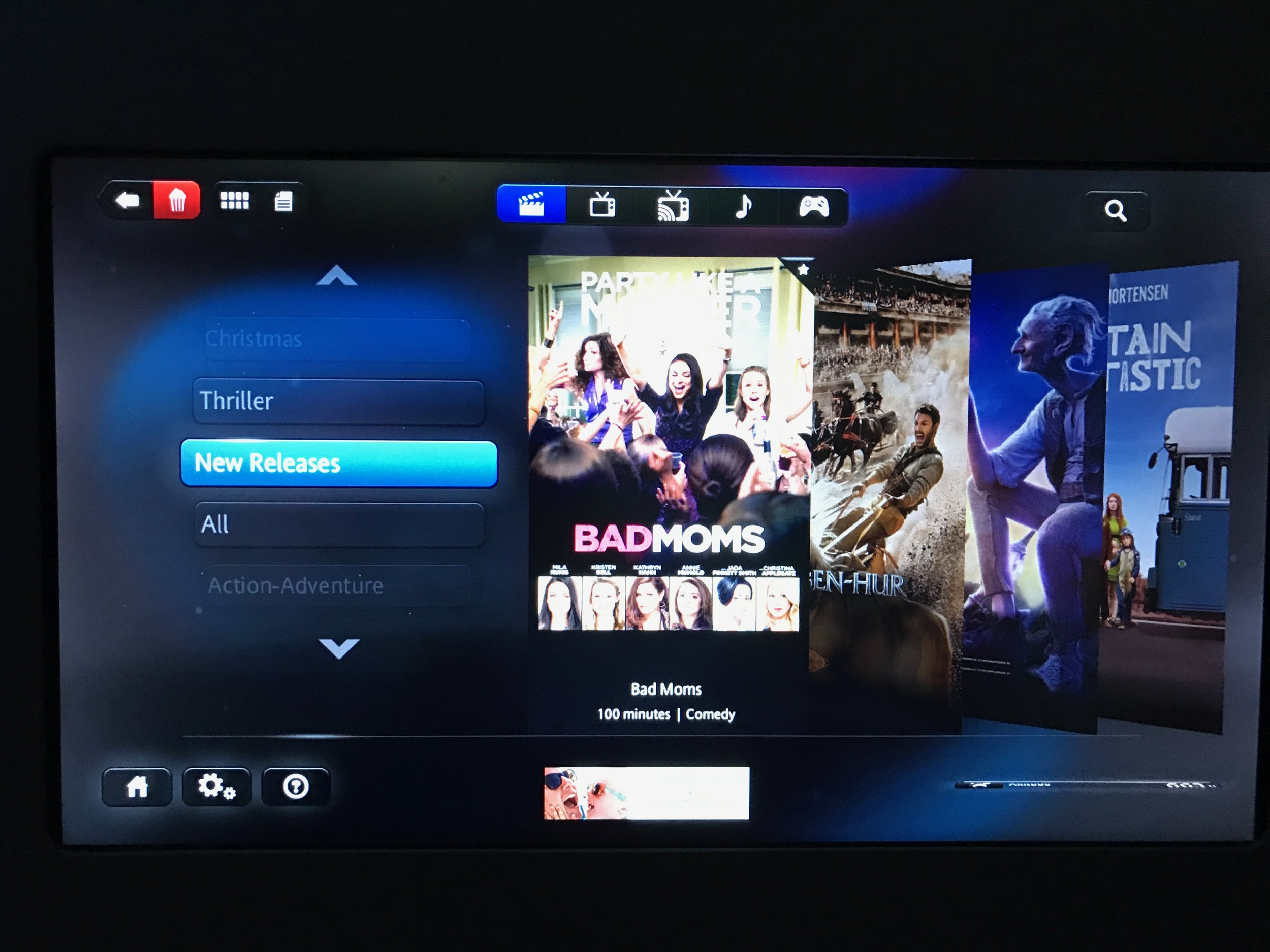 AA 787 Dreamliner Business Class IFE HD touchscreen monitor