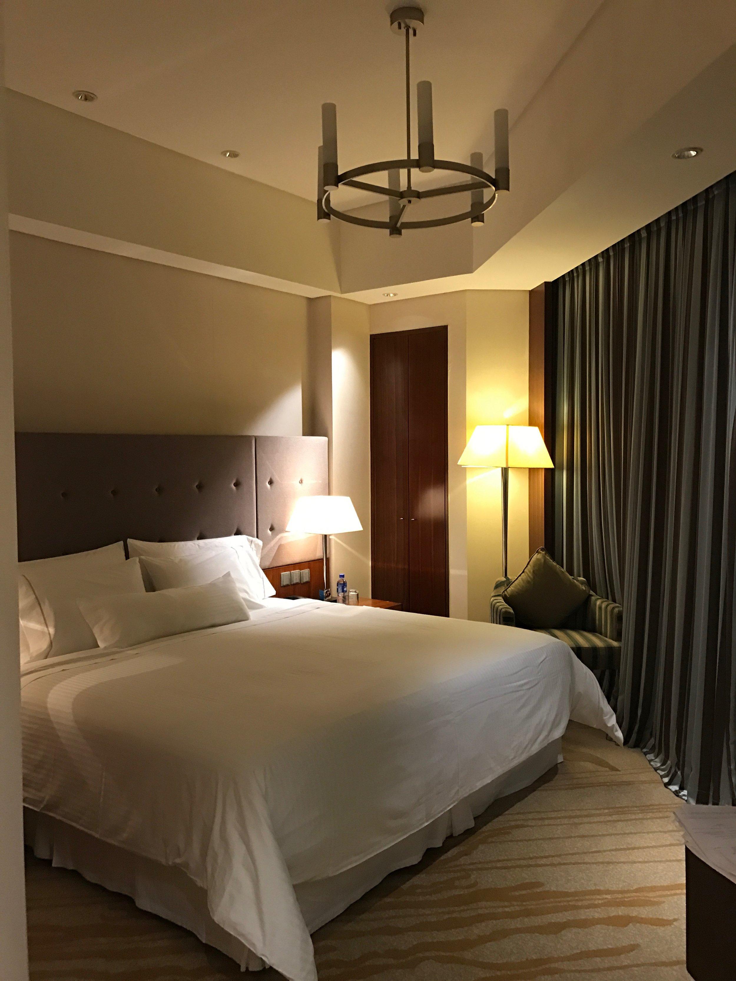 Executive Renewal Suite - bedroom