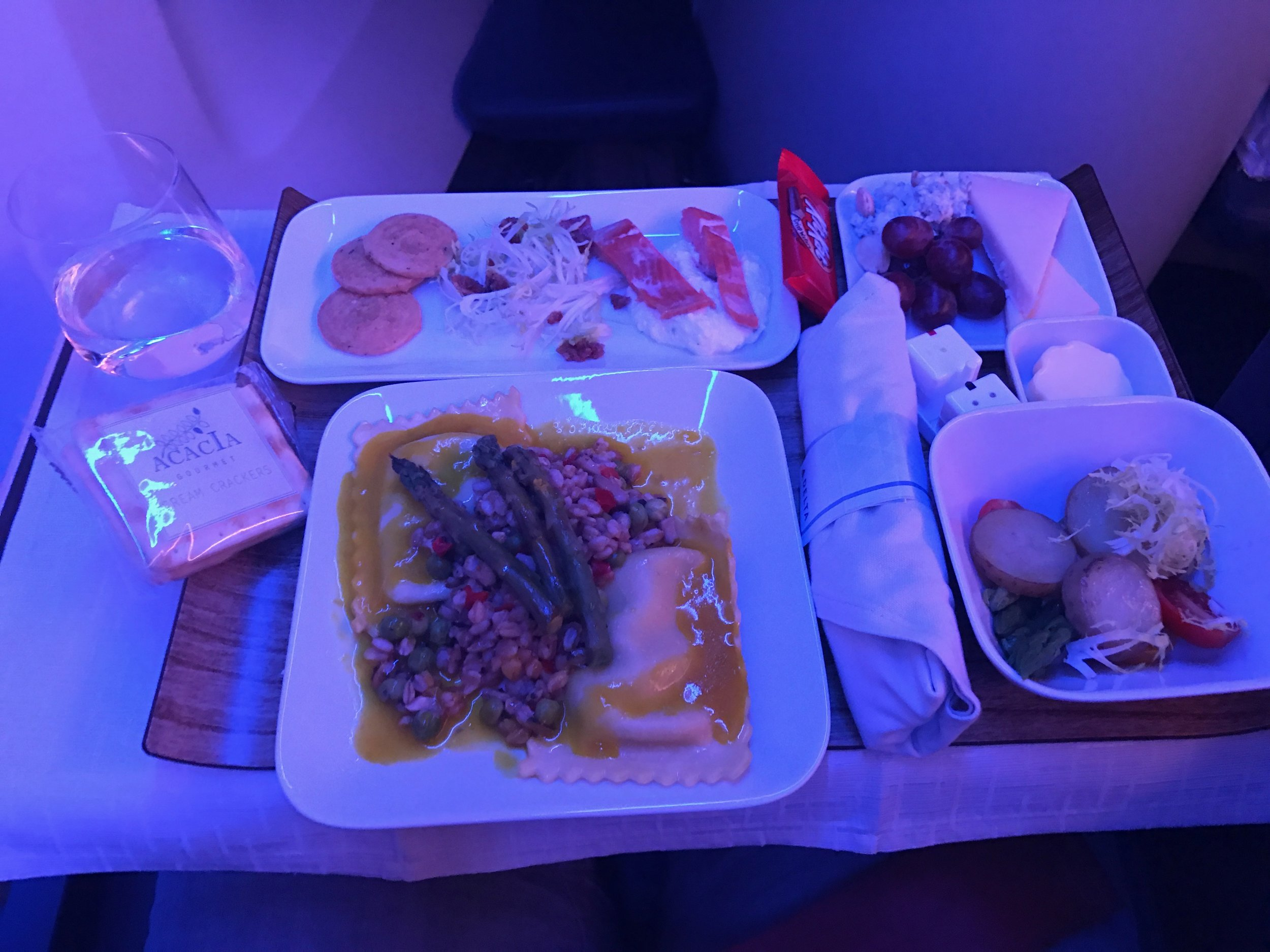 Delta One Business Class 757 - 22.jpg