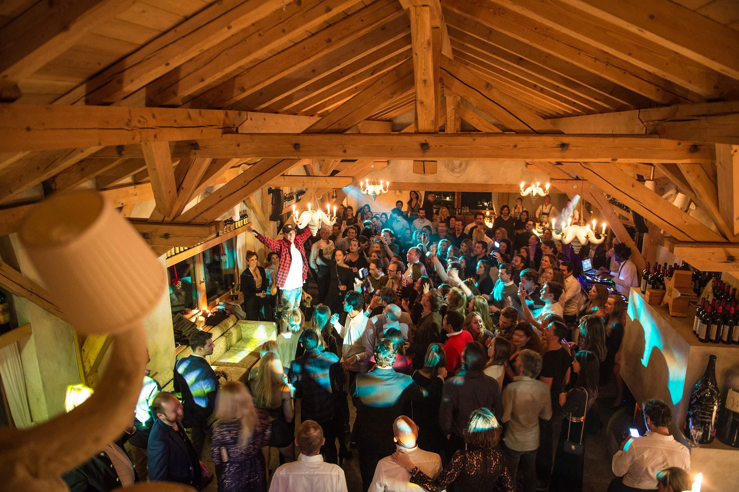 elparadiso-events-party-elestablo.jpg