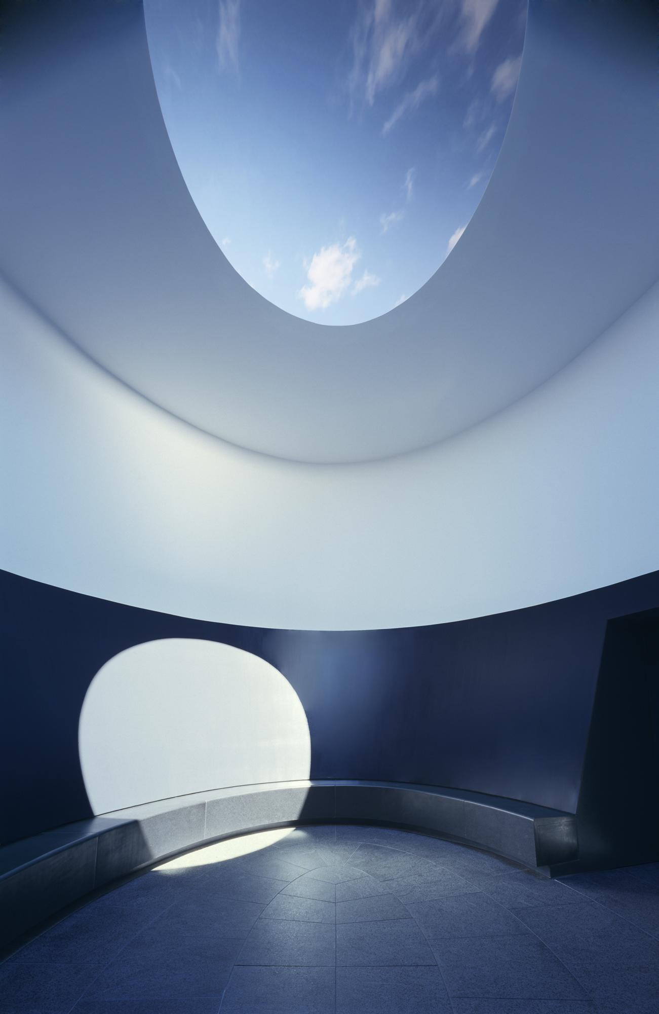 James Turrell 'Sky Space'