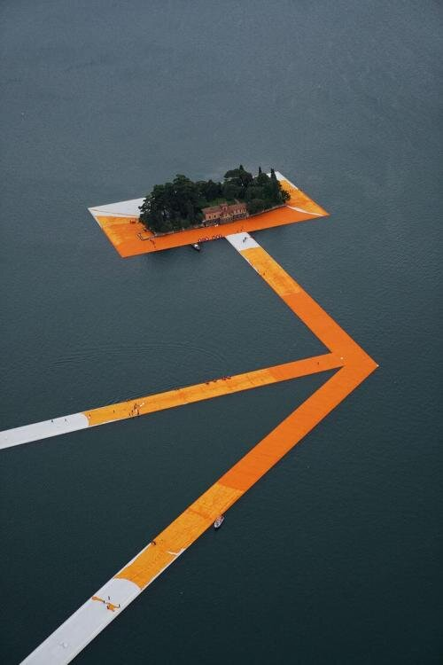 Artists    Christo and Jeanne-Claud