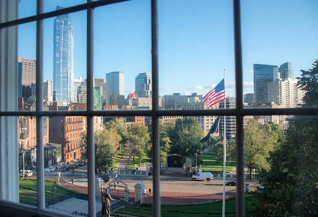 View from the Governor's office, Beacon Hill, while on assignment for Cushman & Wakefield. #beaconhill, #beaconhillboston, #window, #windowview, #outhewindow, #boston, #usflag, #milleniumtowerboston, #bostoncommon