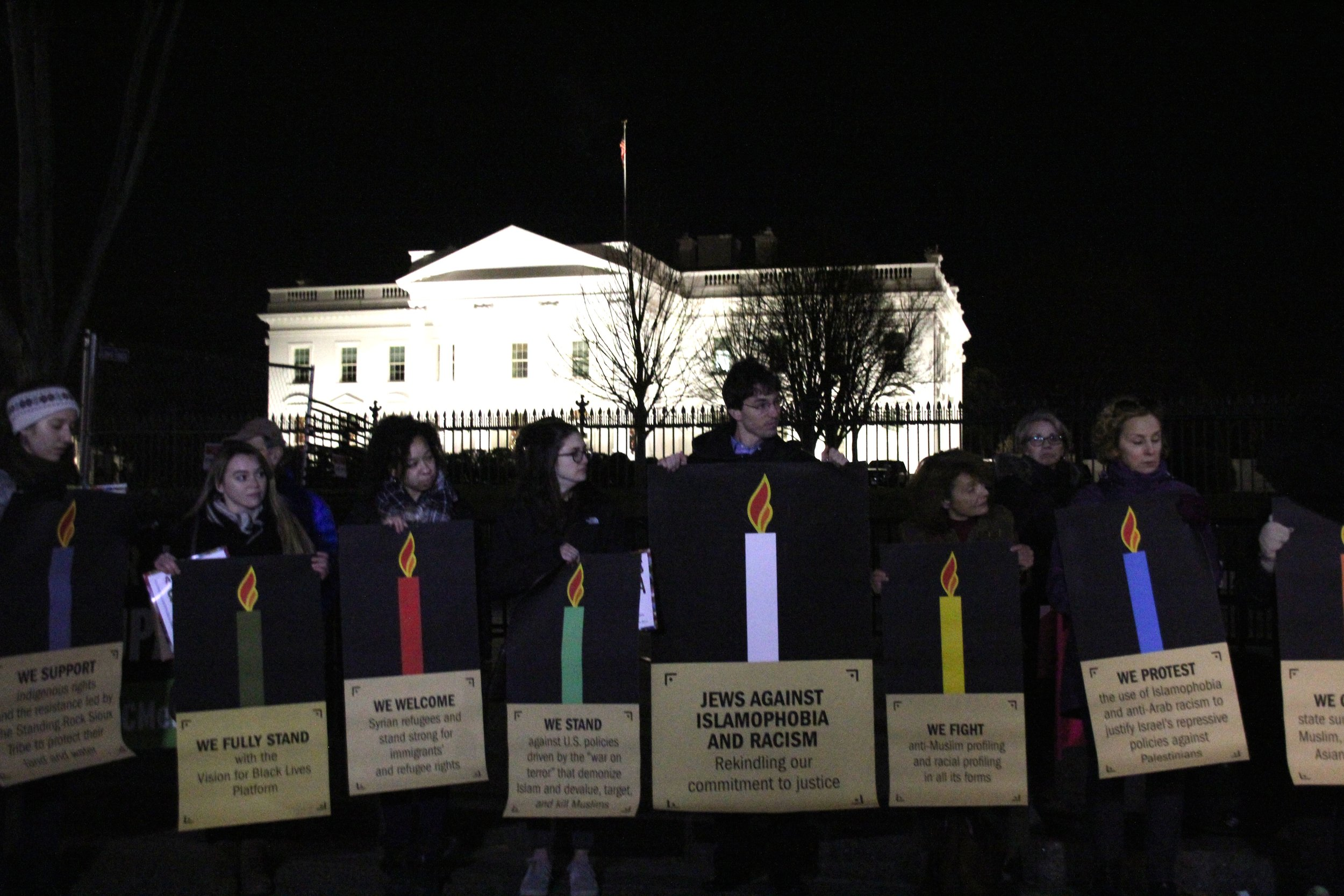 White House Candles Photo.jpg