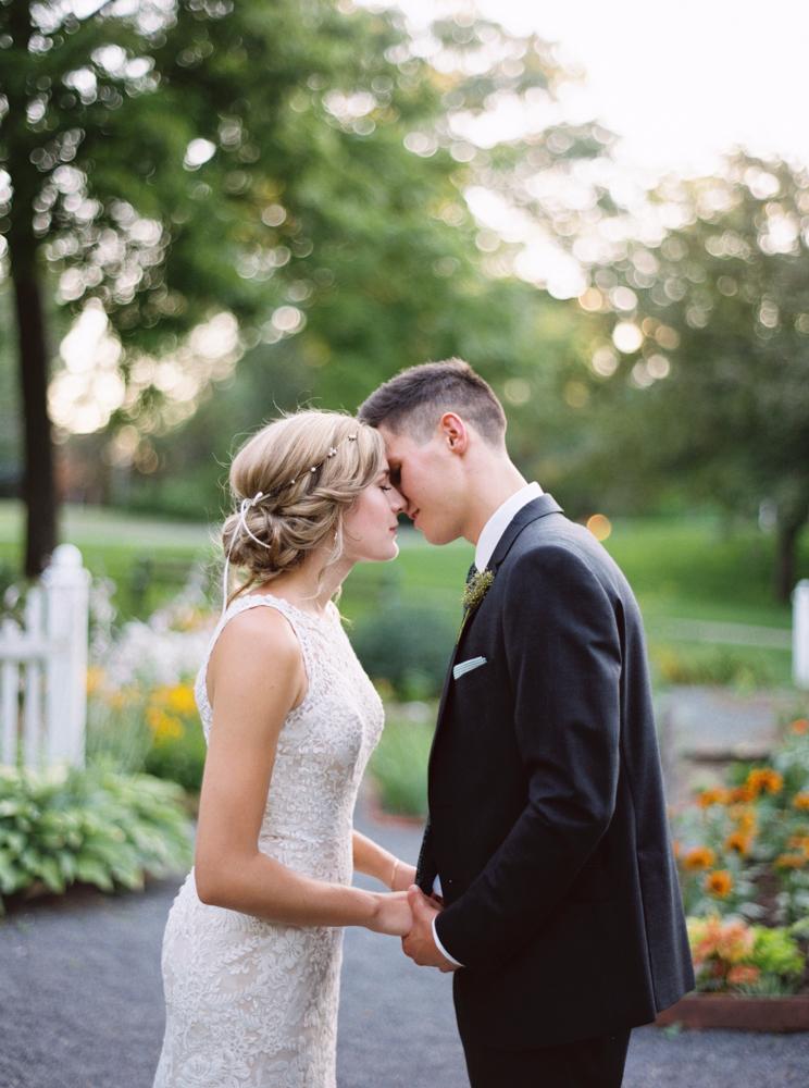 Sunset garden bride and groom portraits
