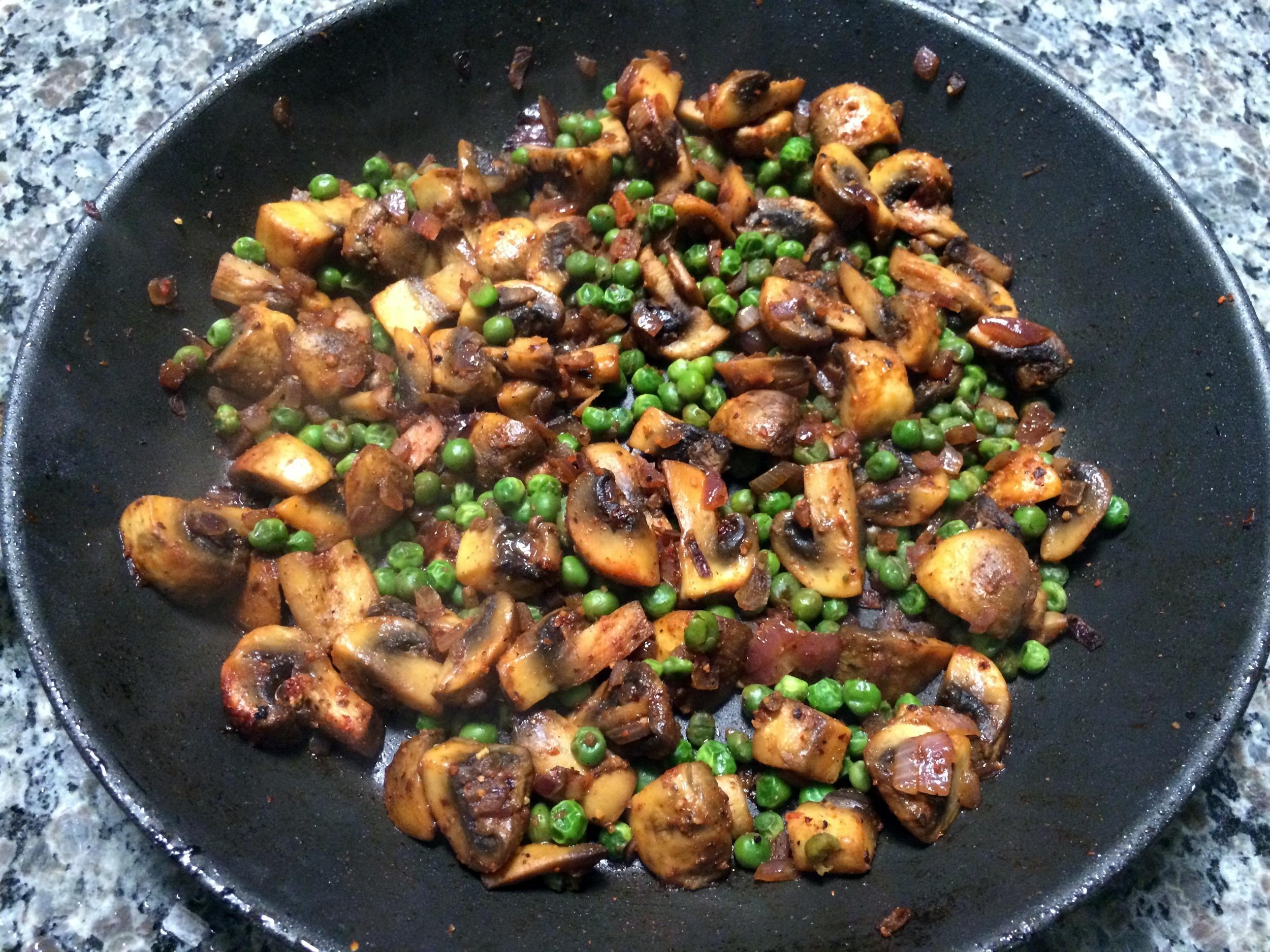 mushroom mattar
