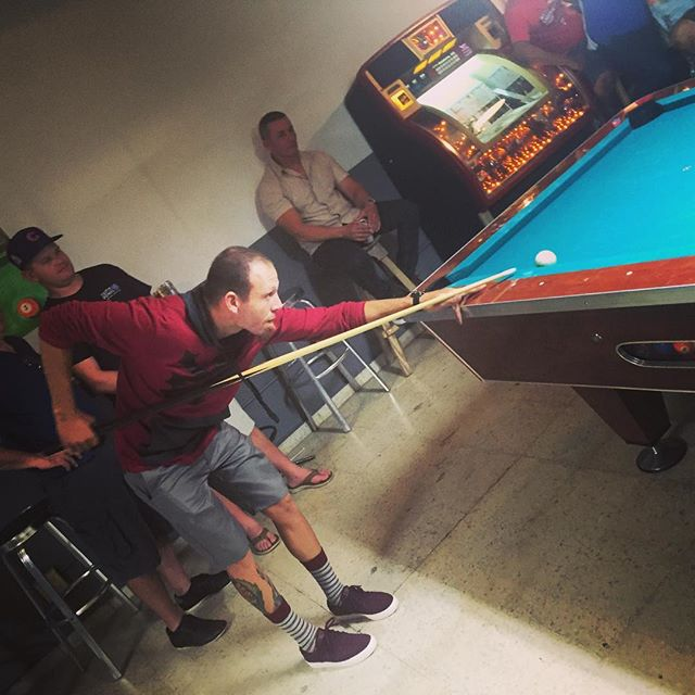 Ready for the kill shot.. Cracking beers and banking balls at Billar Rios #quecheverepr #rincon #pool #billiards #poolhall #puertorico #nightlife #thursdaynight #drinks #medalla #rinconlife #pueblolife #drinking #beer #8ballpool #islandlife #tropical #games #boricua #boricuasbelike #boricua #rinconpuertorico