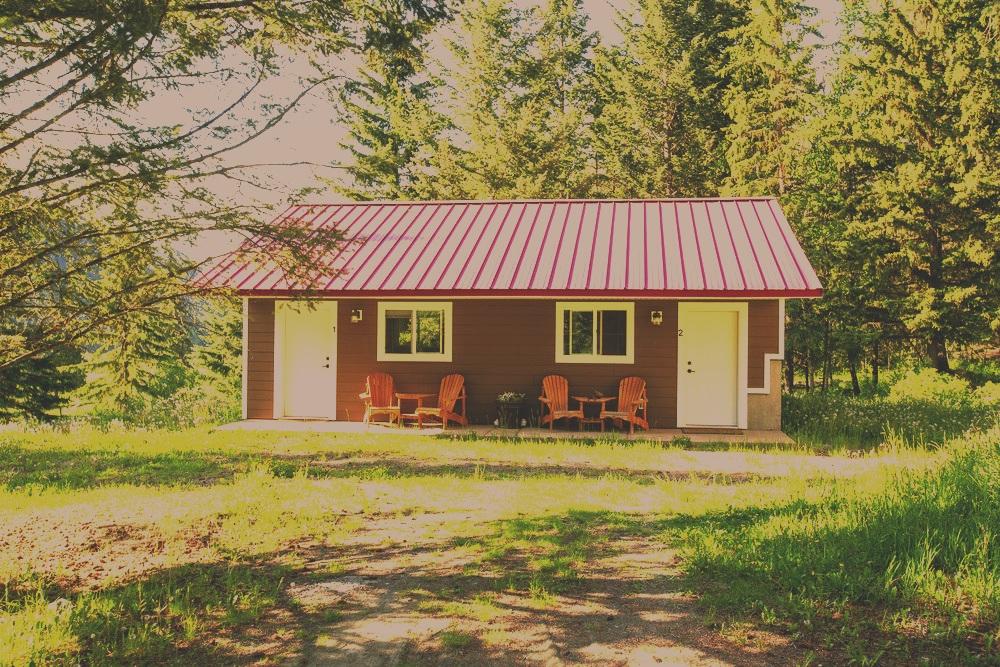 cabins summer exterior.jpg