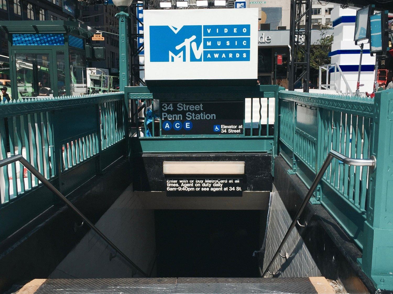 MTV VMA'S Photography;  Daniel Vesco  (2016)
