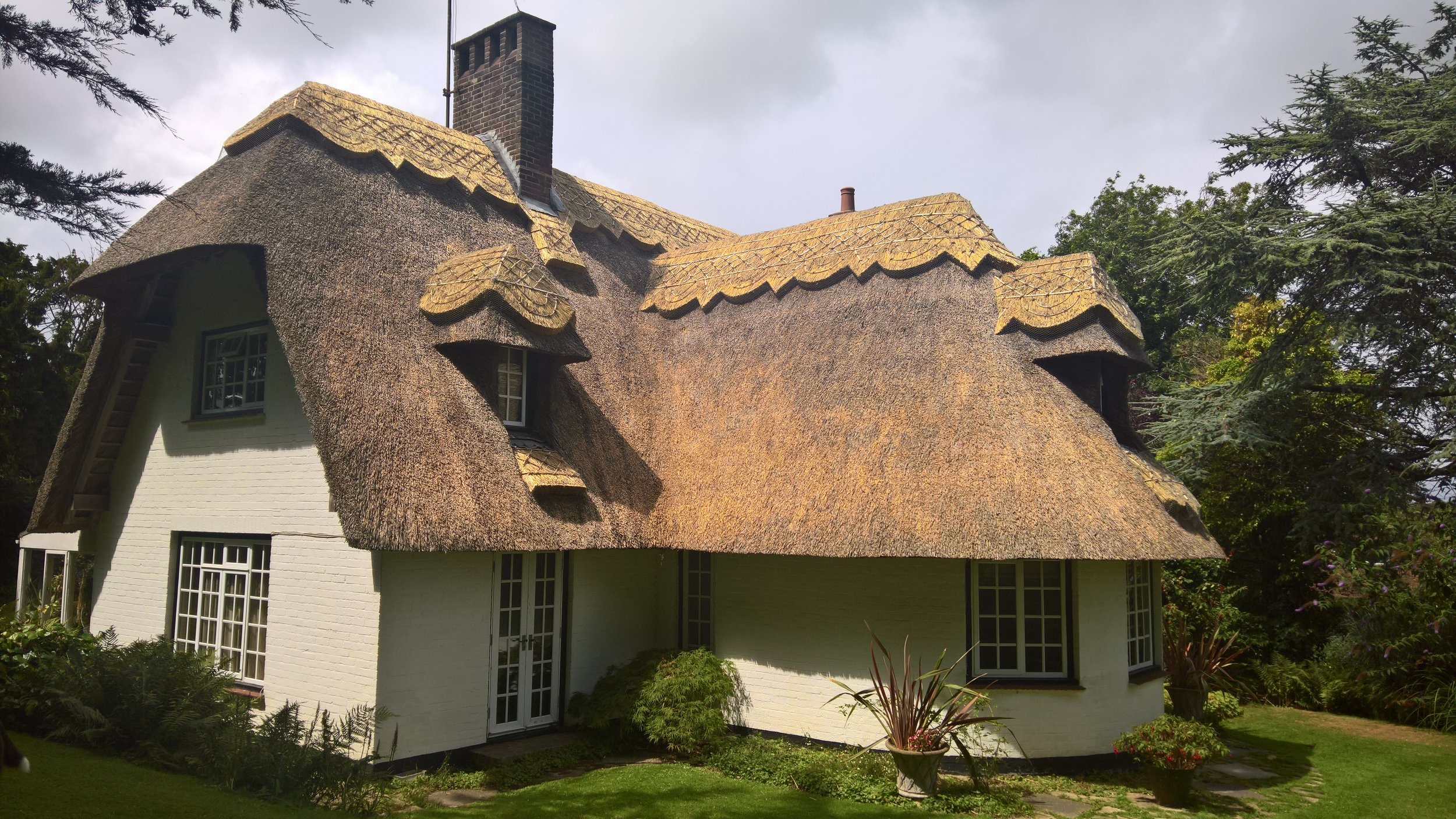 East sussex thatched cottage