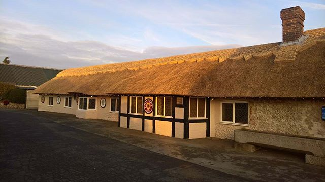#thatching #countrycrafts #thatching in Sussex
