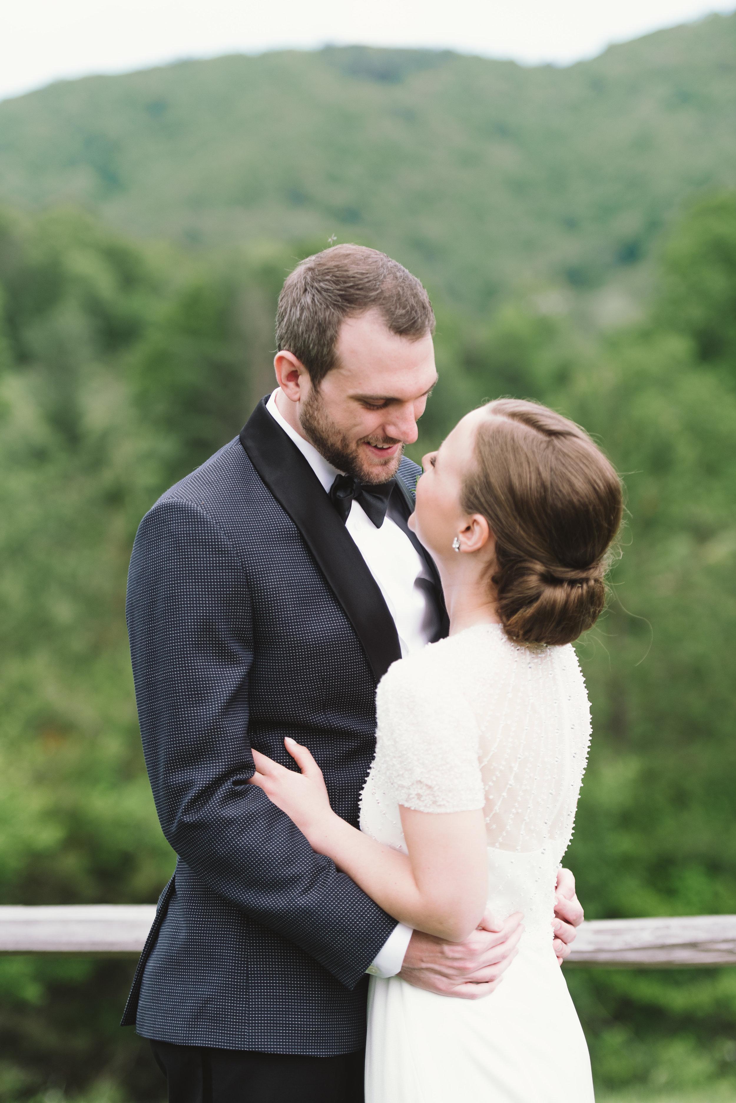 Joy-Unscripted-Wedding-Calligraphy-Colleen-140.jpg