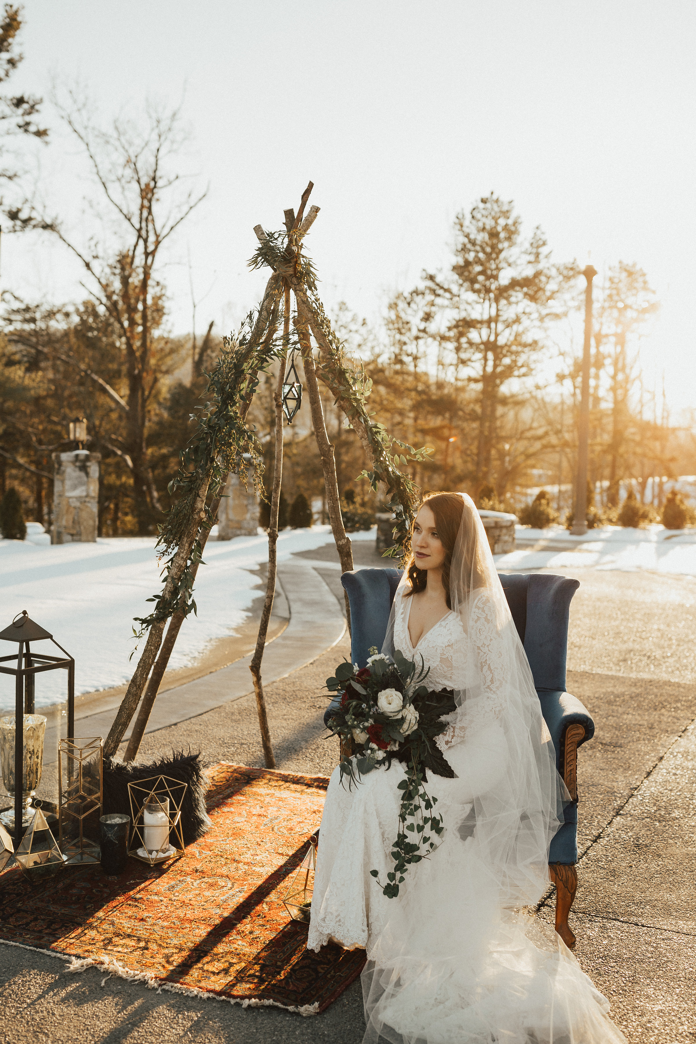 Joy-Unscripted-Wedding-Styled-Shoot-Celestial-Winter-74.jpg