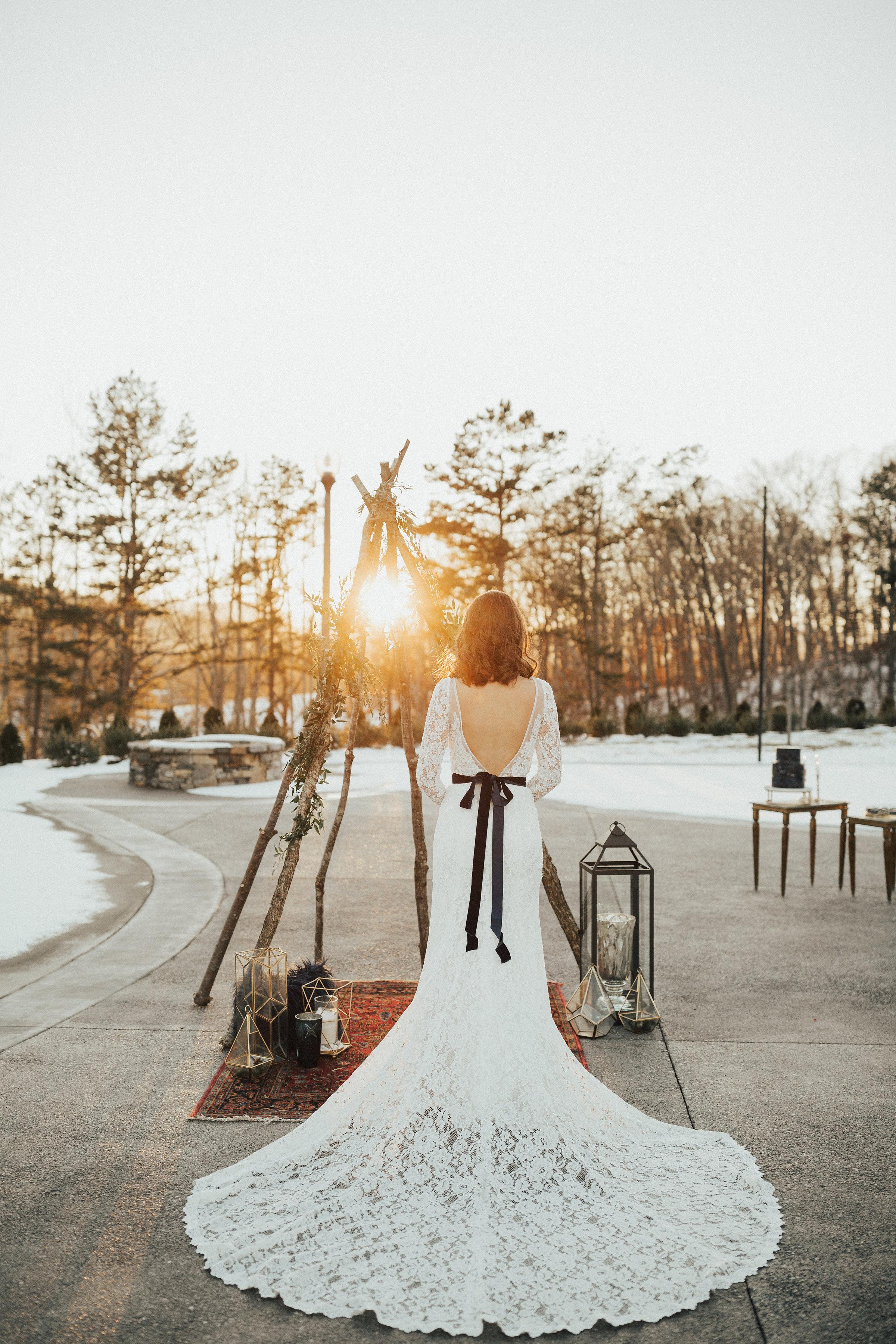 Joy-Unscripted-Wedding-Styled-Shoot-Celestial-Winter-90.jpg