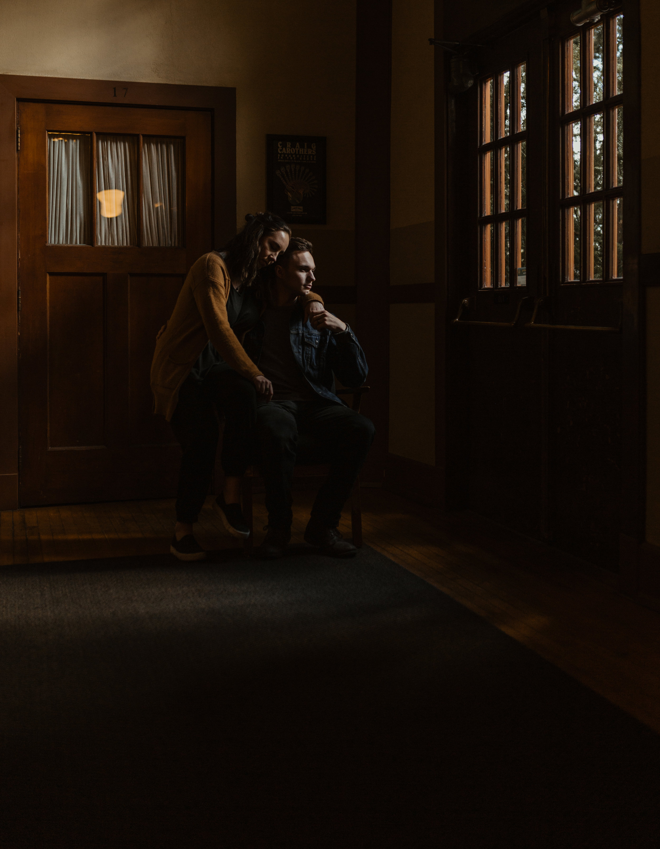 corrie&josiah_PortlandMcMenamins_CoupleShoot-102.jpg