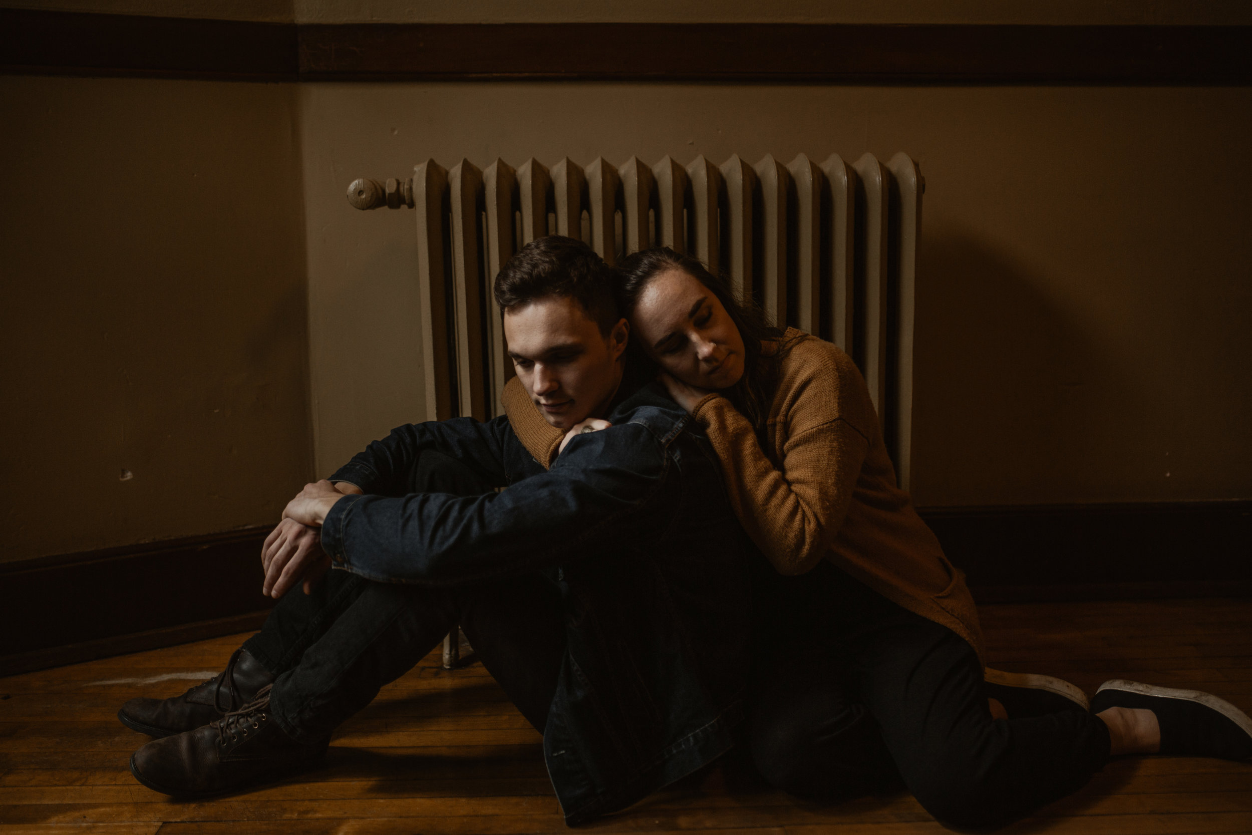 corrie&josiah_PortlandMcMenamins_CoupleShoot-137.jpg