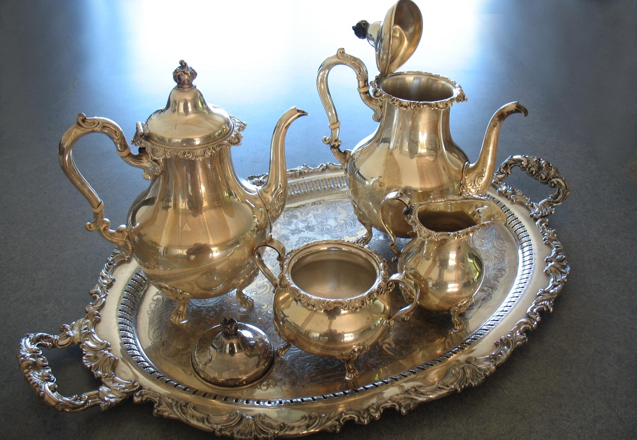 Sterling silver teaset polished after fire