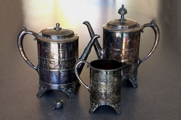 antique silverplate tarnished coffeepot teapot sugar and creamer