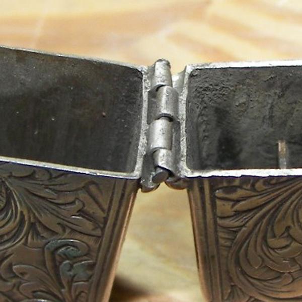 sterling silver cigarette lighter hinge worn and broken