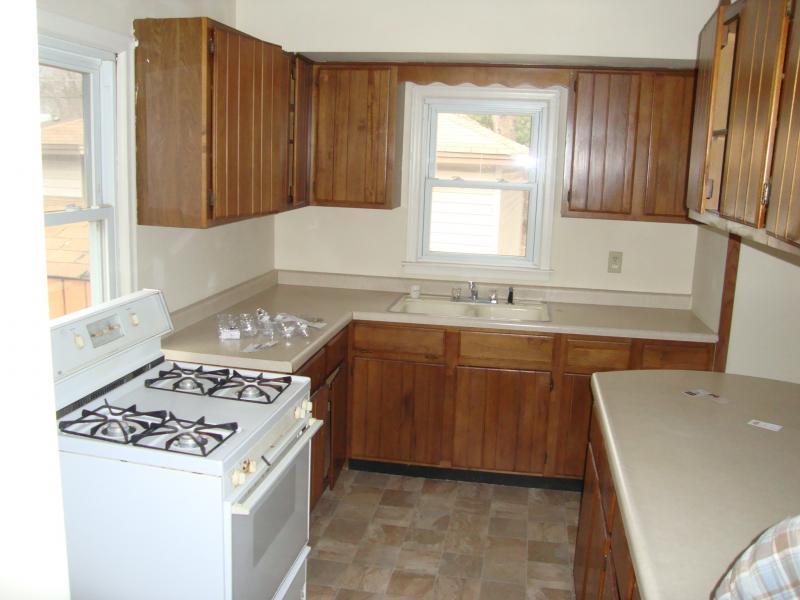 Magnolia Kitchen - before
