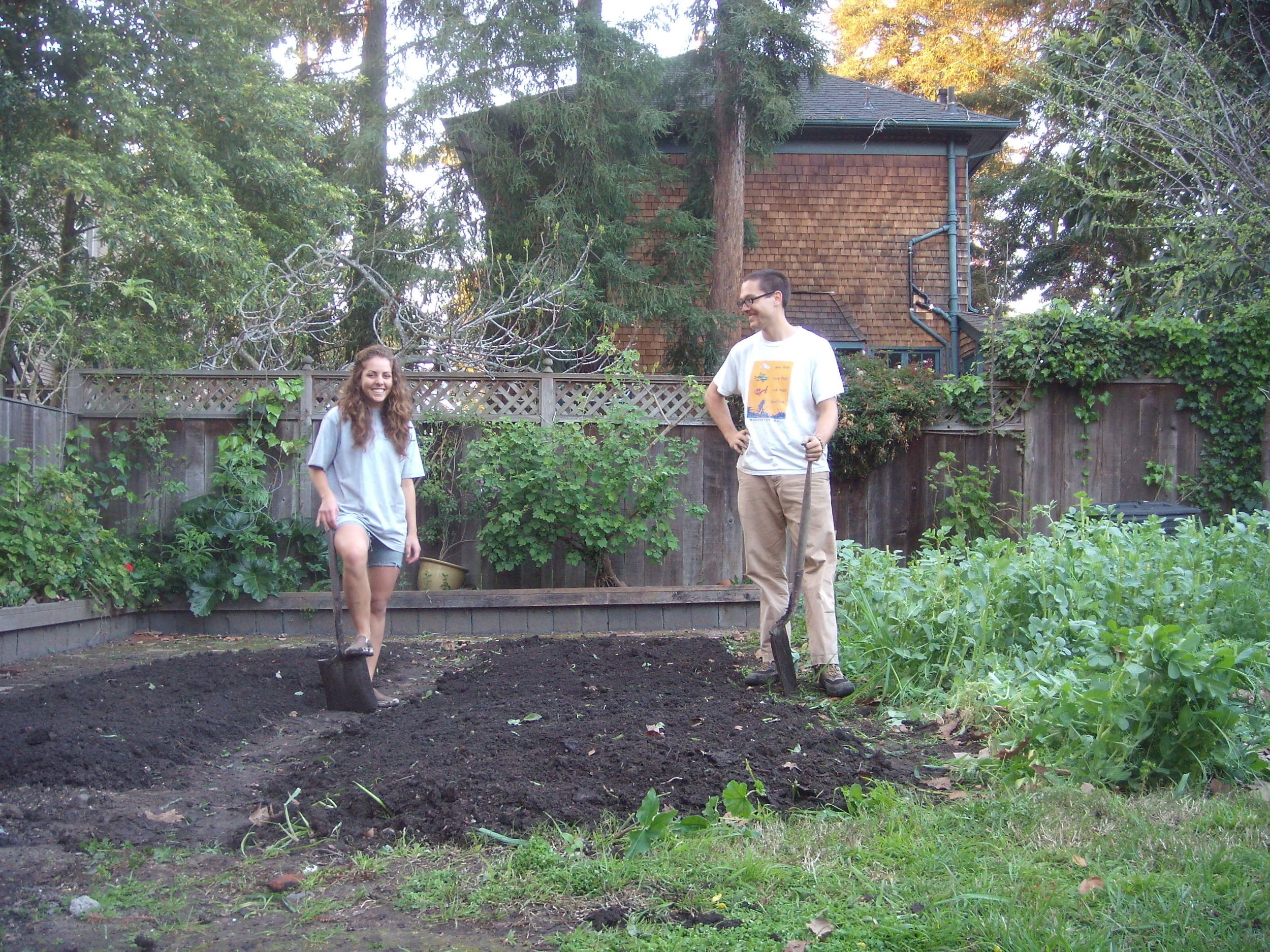 The Beginning - Carine and Robert met under a microscope in plant morphology course at UC Berkeley (Go Bears!). The first garden they planted together was in the backyard of Robert's house. They moved to the Capay Valley in 2015 to start Sun Tracker Farm.