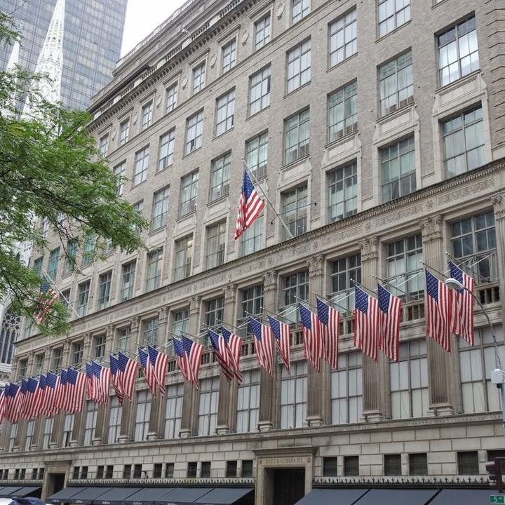 Saks Fifth Avenue, New York by Kevin Nansett for The Doubtful Tarevller