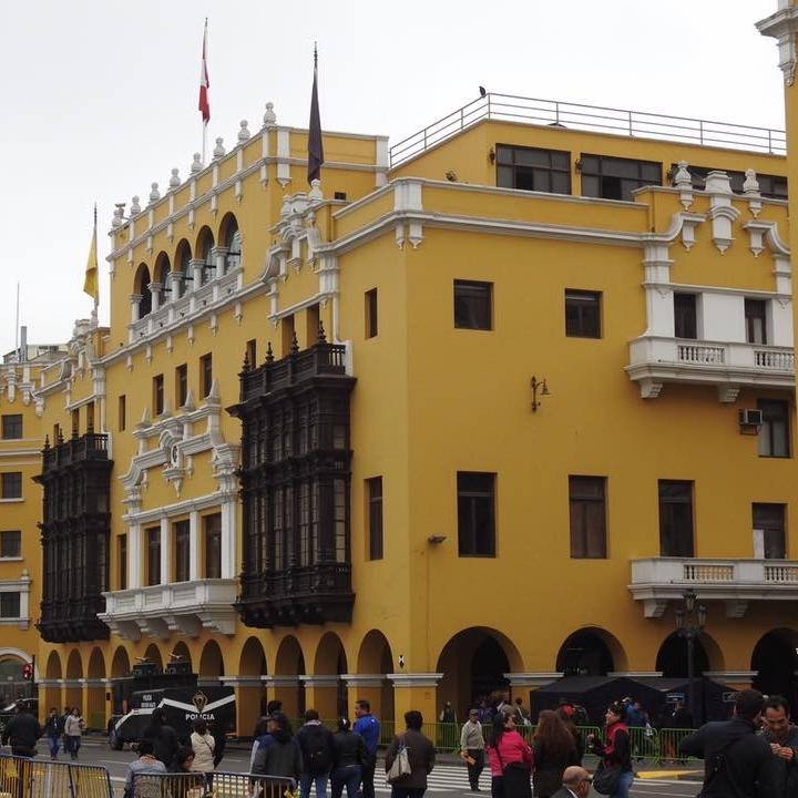 Lima bu Kevin Nansett for The Doubtful Traveller
