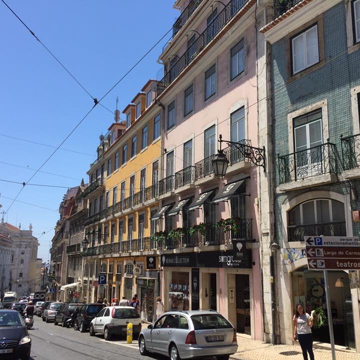 Lisbon by Kevin Nansett for The Doubtful Traveller