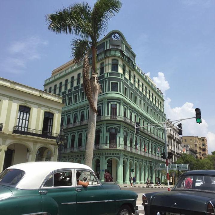 Cars in Havana by Kevin Nansett for The Doubtful Traveller